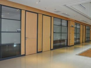 板材玻璃组合隔断